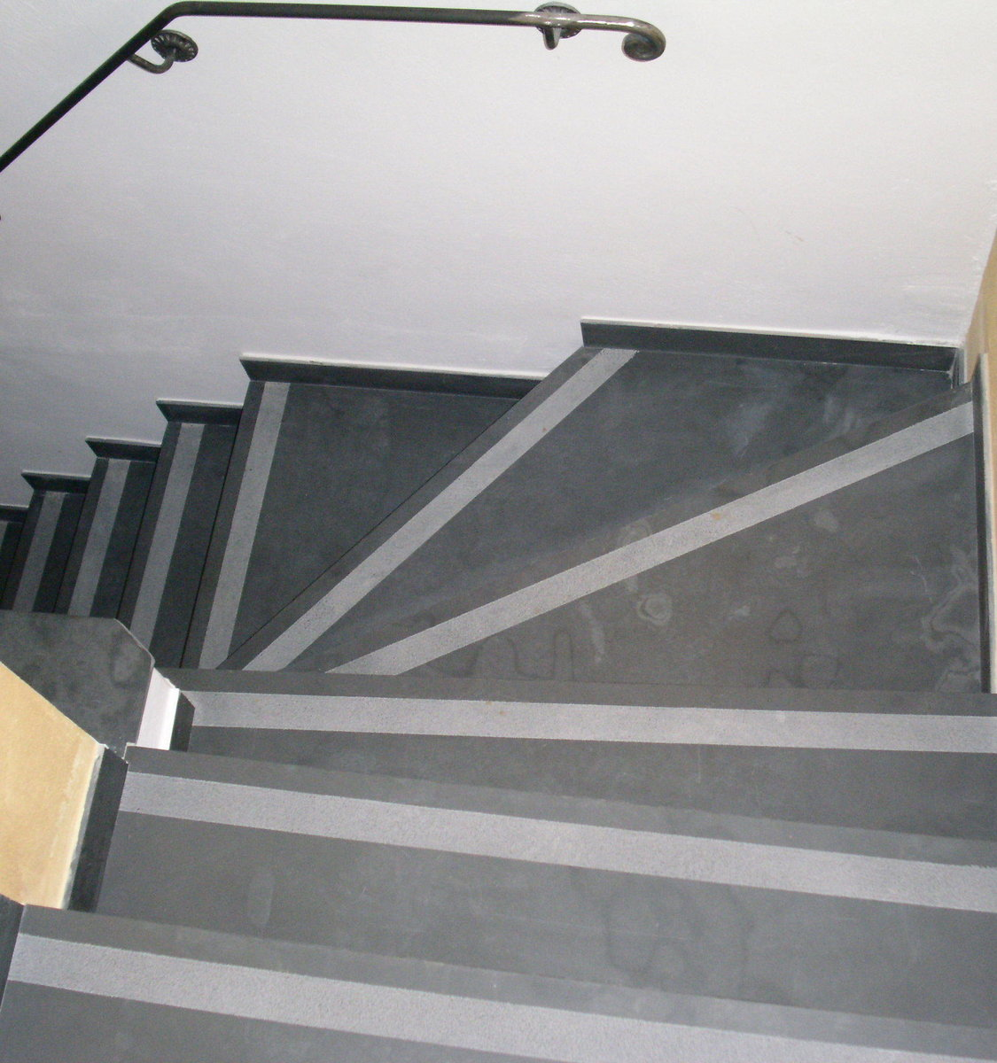 Slate Stairs For Indoor And Outdoor Handicraft Production