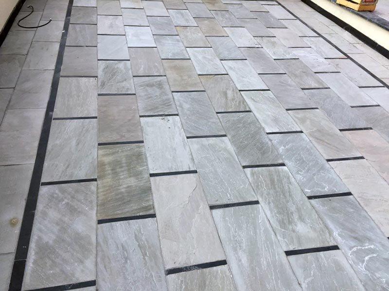 Pavimento Esterno In Pietra : Pavimenti per esterni in pietra naturale ardesia e quarzite