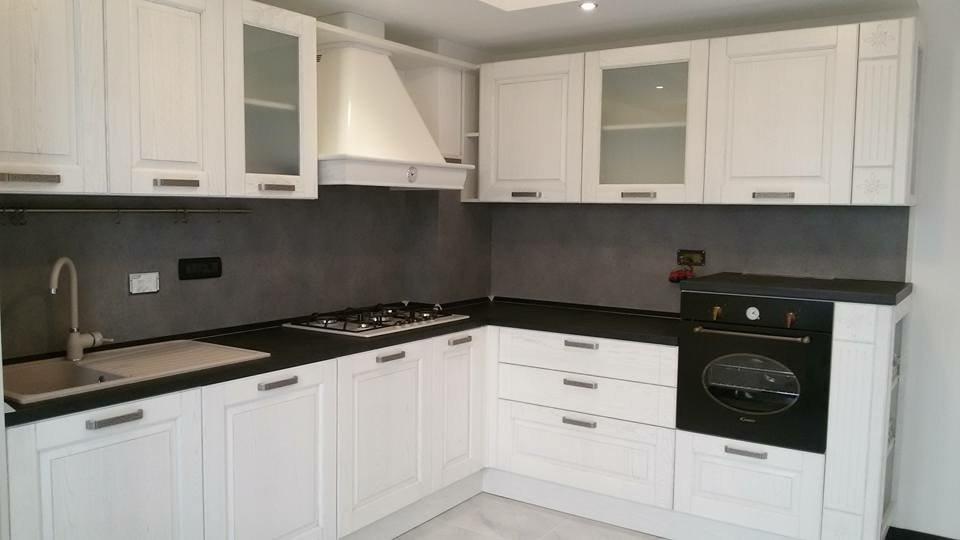 Piano Cucina Ardesia - Interno Di Casa - Smepool.com