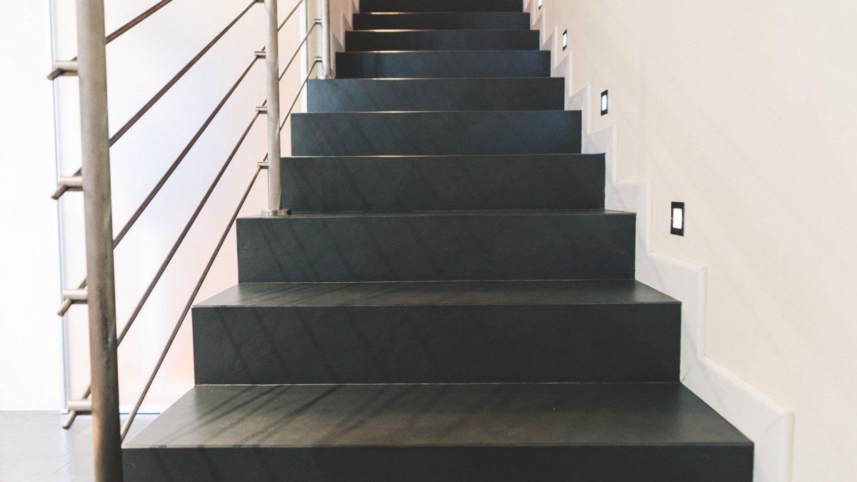Gradini Per Scale Interne scale per interni ed esterni in ardesia | produzione artigianale