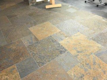 Pavimento in ardesia tipologie e formati per ambienti interni