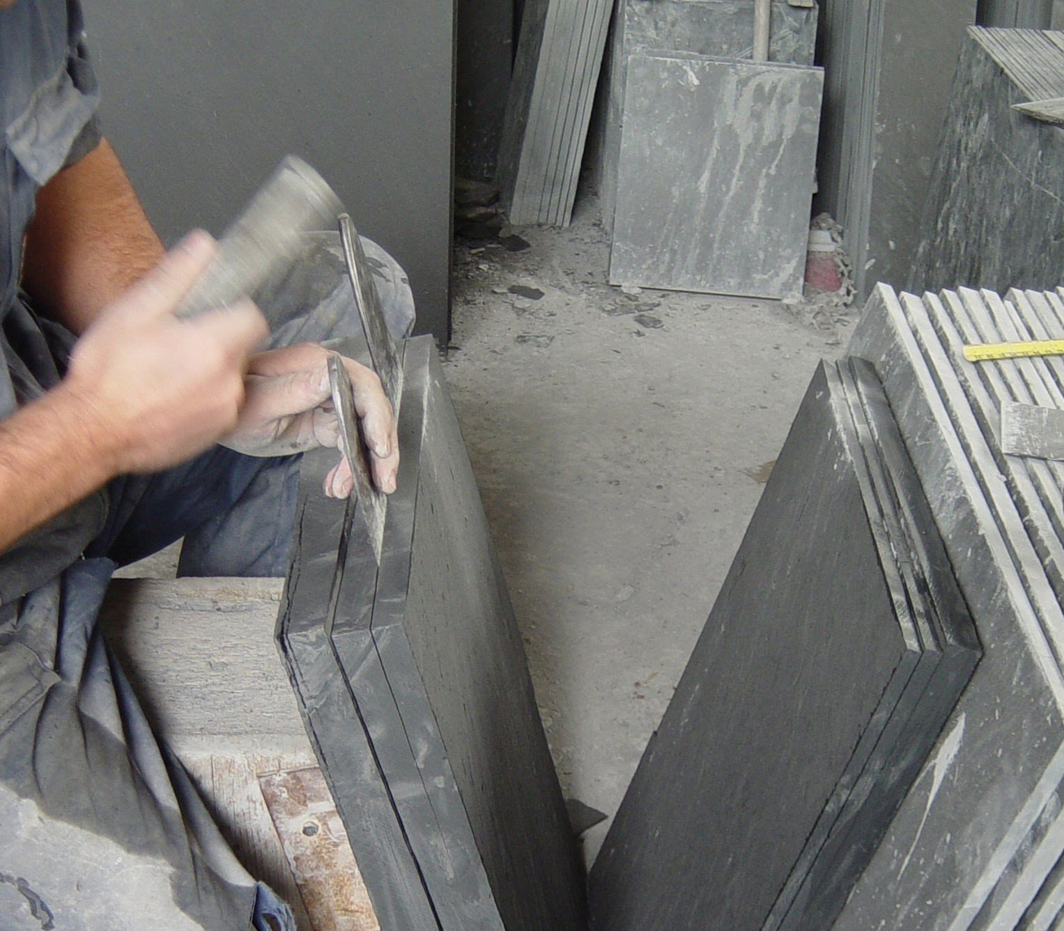 Natural Slates Slabs Floors Roofs Furniture For Sale